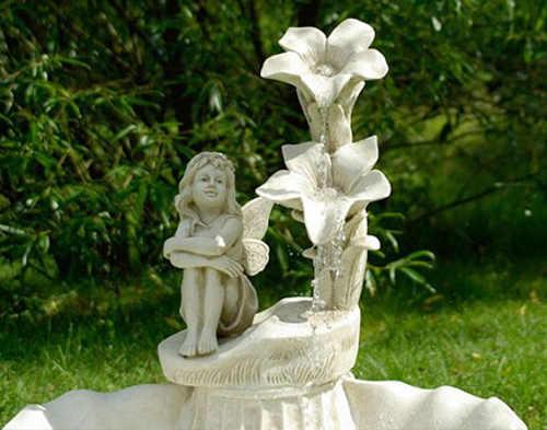 Barokní kašna na zahradu