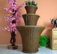 Fontána imitace ratanu s možností osazení květinami