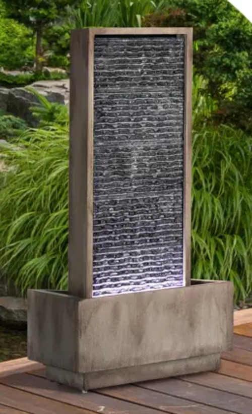 Moderní zahradní fontána na terasu