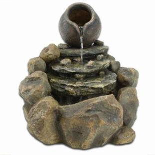 Nádherná zahradní fontána – kašna džbán