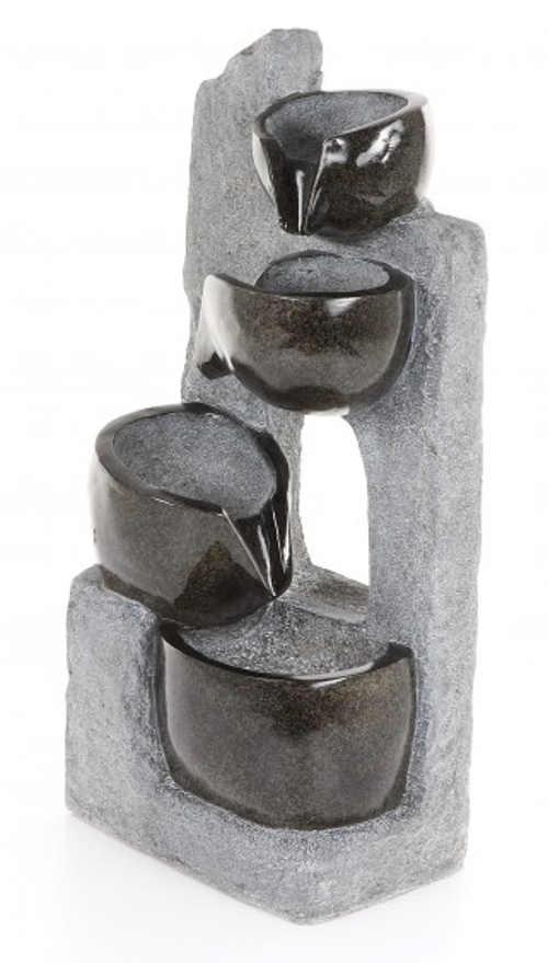zahradni-kasna-z-umeleho-kamene-prelevajici-se-misky