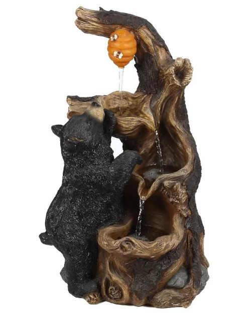 fontána s medvídětem a medem