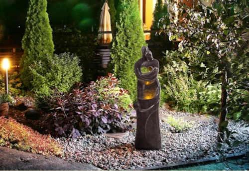 krásná fontána do exteriéru